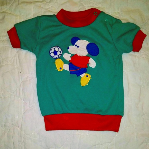 3b2f0d1a8e8b9 Vintage Soccer Dog T-shirt for Toddlers